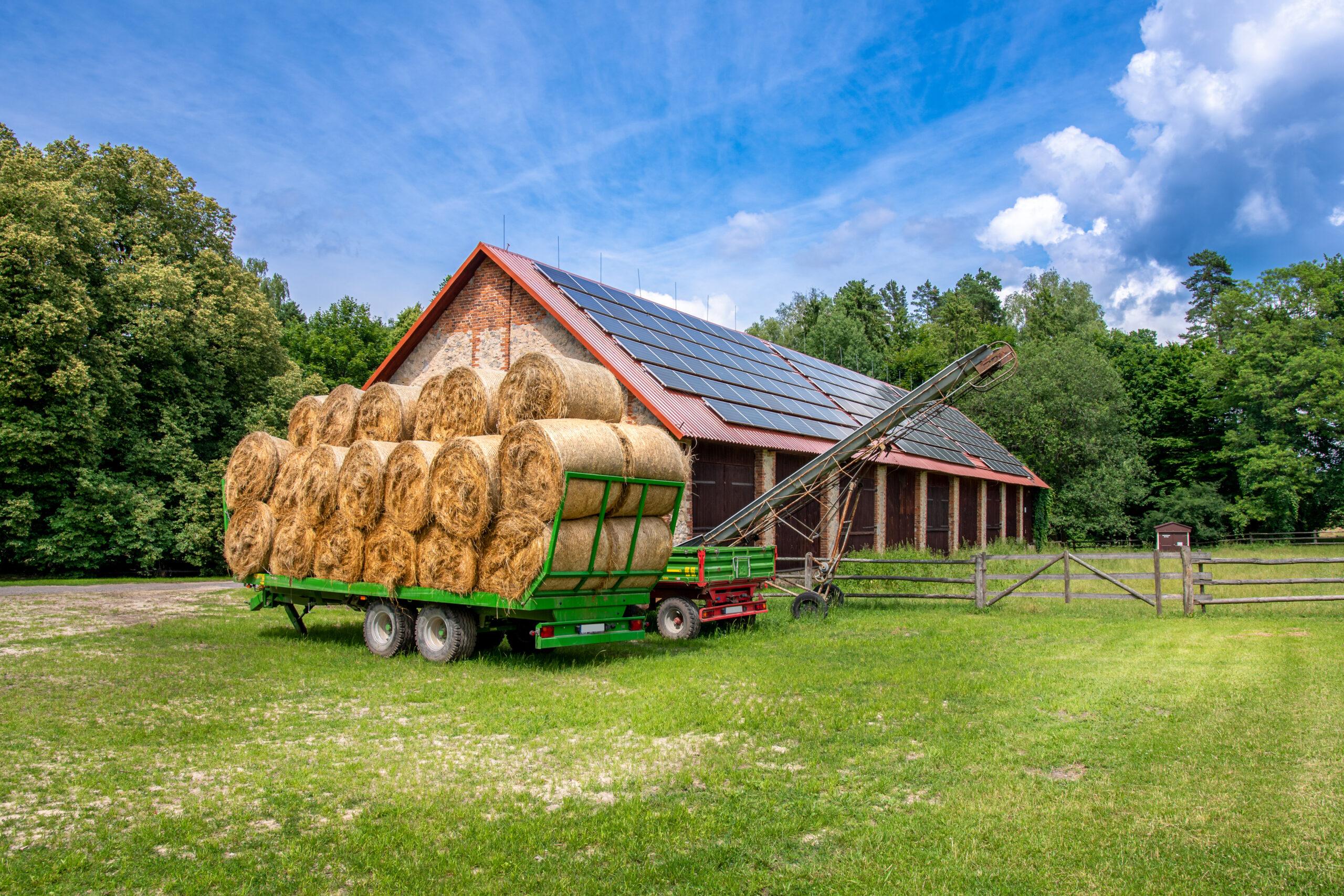 Agroenergia – nowy nabór w 2021. Dotacje dla rolników na fotowoltaikę i pompy ciepła